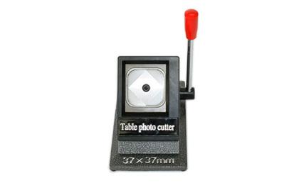 vysekávač papiera 37x37mm contentpress